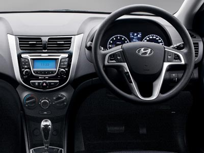 hyundai accent 1 6 gls automatic review wheelswrite. Black Bedroom Furniture Sets. Home Design Ideas