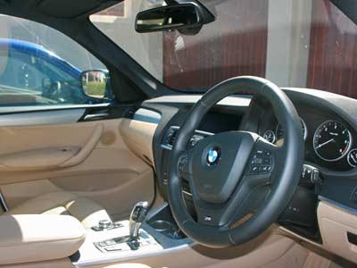 BMW  X3 xDrive 30d 2012 review (3/5)