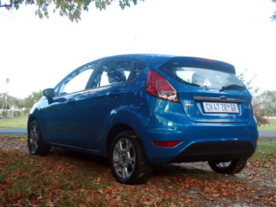 Ford-Fiesta_rear