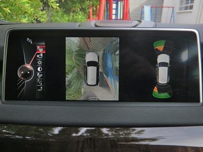 BMW-X5-4d-Ongegund-002
