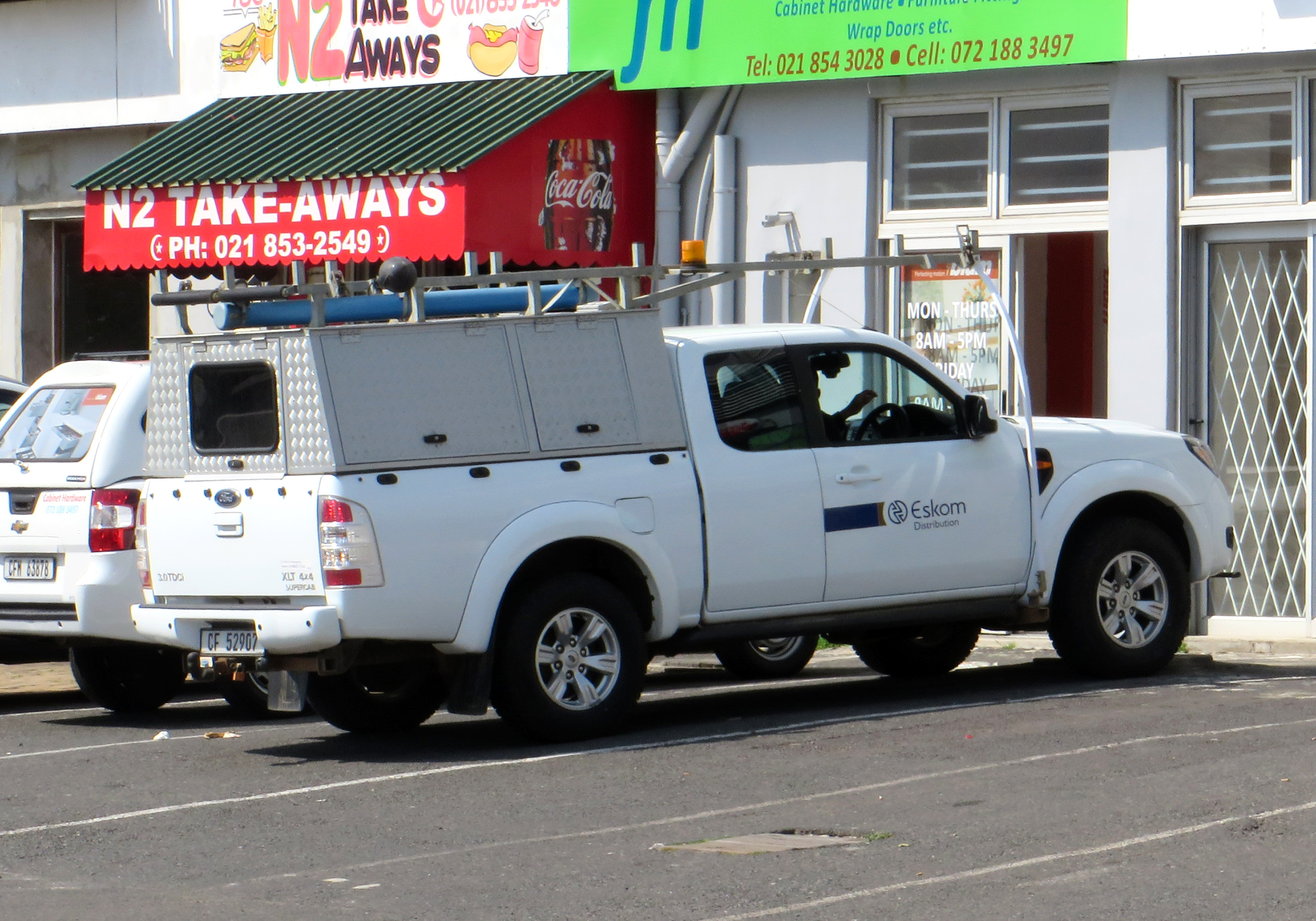Van Or Bakkie With Canopy Wheelswrite