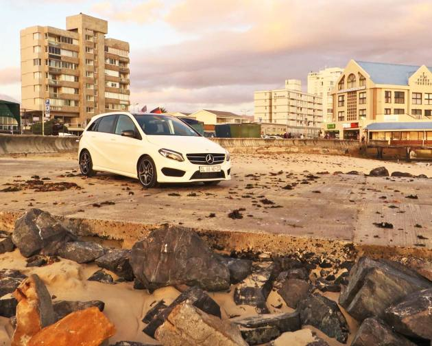 Mercedes-B250-044-scene