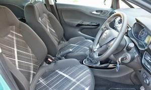 Opel-Corsa-Sport-seats