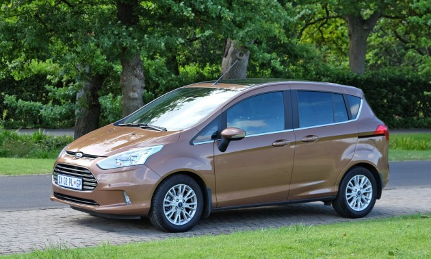 Ford-B-Max-263-side