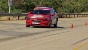 Opel Astra braking hard.
