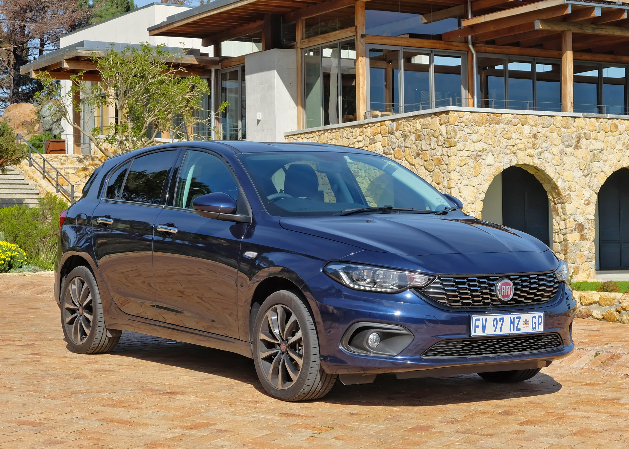 fiat tipo hatchback 1 4 review wheelswrite. Black Bedroom Furniture Sets. Home Design Ideas